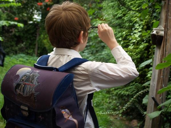 Jak (ne)připravit autisty na návrat do školy aneb Autisté jsou tady od toho, aby školu změnili