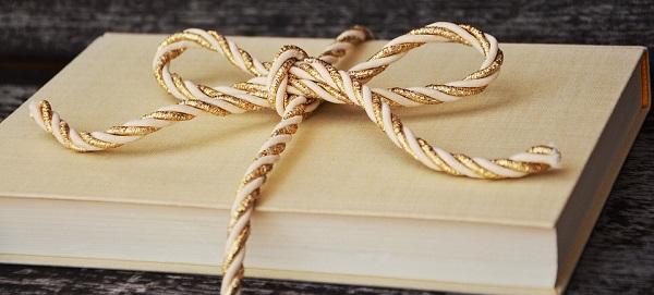 O Vánocích čtěte knížky, abyste se nezbláznili