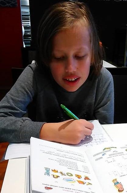 Rodiče dětí s neurovývojovu poruchou chtějí finanční pomoc na terapie pomocí budgetu, nevěří doporučení odborníků 1